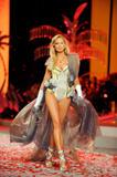 th_12853_Victoria_Secret_Celebrity_City_2008_FS_178_123_135lo.jpg