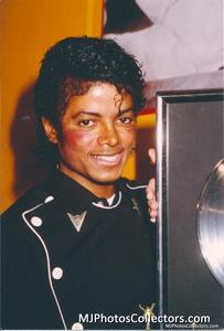1983 Thriller Certified Platinum Th_947911676_med_gallery_8_119_1548026_122_179lo