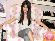 Selena Gomez - Cuteness - Mixed Quality Wallpapers Th_23965_tduid1721_Forum.anhmjn.com_20101130202548017_122_209lo