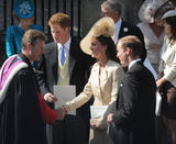 th_50838_celebrity_paradise.com_The_Duchess_of_Cambridge_Zara_wedding_027_122_355lo.jpg