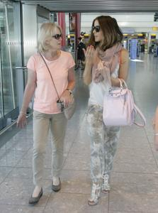 Kate Beckinsale at Heathrow Airport in London 07-05-2014 (not HQ)