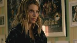 th_750846945_scnet_lucifer1x02_1061_122_