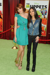 http://img237.imagevenue.com/loc531/th_596131214_Bella_Thorne_The_Muppets_Premiere_Hollywood_122_531lo.jpg
