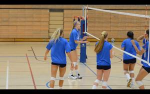http://img237.imagevenue.com/loc573/th_452518906_UCLAWomensVolleyball2012Part1of2_122_573lo.jpg