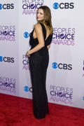 http://img237.imagevenue.com/loc593/th_812690316_Katie_Cassidy_2013_Peoples_Choice_Awards8_122_593lo.jpg