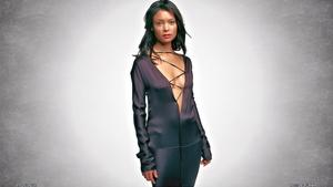 3 Thandie Newton Cleavage & Stocking top sexieness